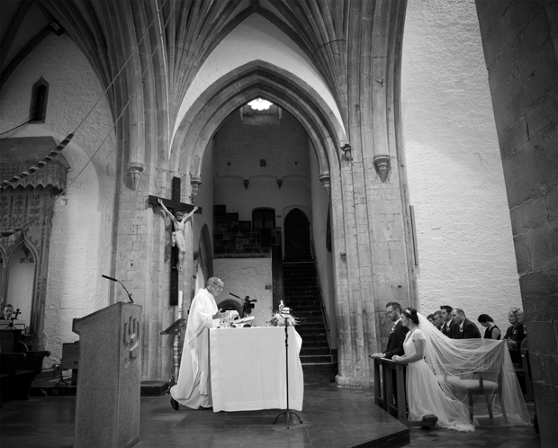 daniel-marie-therese-wedding-church-ceremony