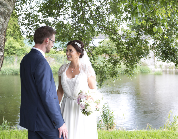 daniel-marie-therese-wedding-portrait-river
