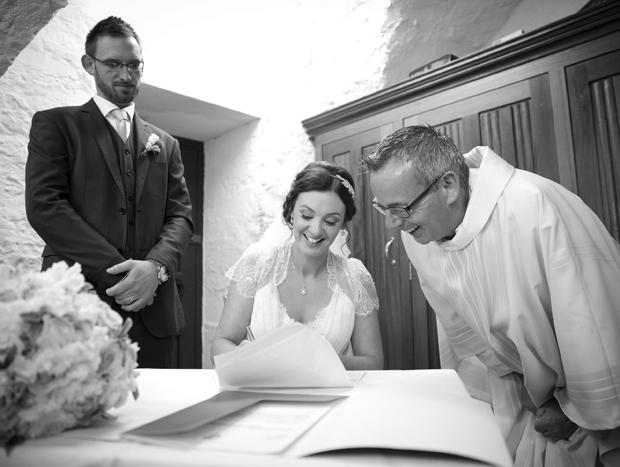 daniel-marie-therese-wedding-signing-registrar