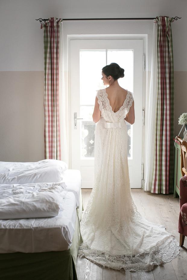 novia-d'art-wedding-dress-lace-train