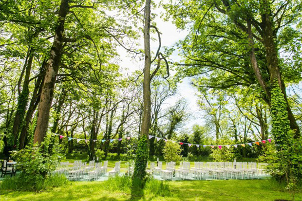 woodland-ceremony-clonabreany-house-alternative-wedding-venues-ireland