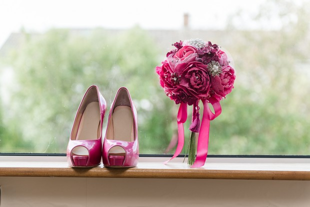 3-marsala-wedding-shoes-bouquet
