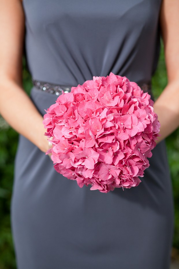 7-navy-dark-pink-bridesmaids-bouquet
