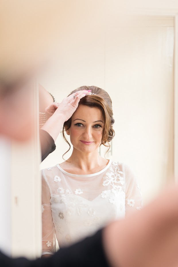 9-bride-in-mirror-hair