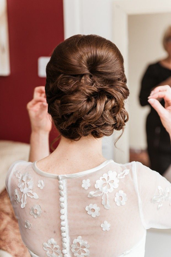 beautiful-bridal-updo