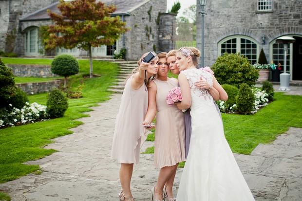 bridesmaids-making-faces