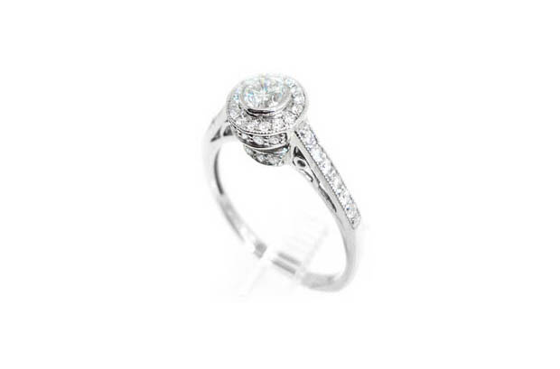 engagement-ring-christopher-murphy-jewellers