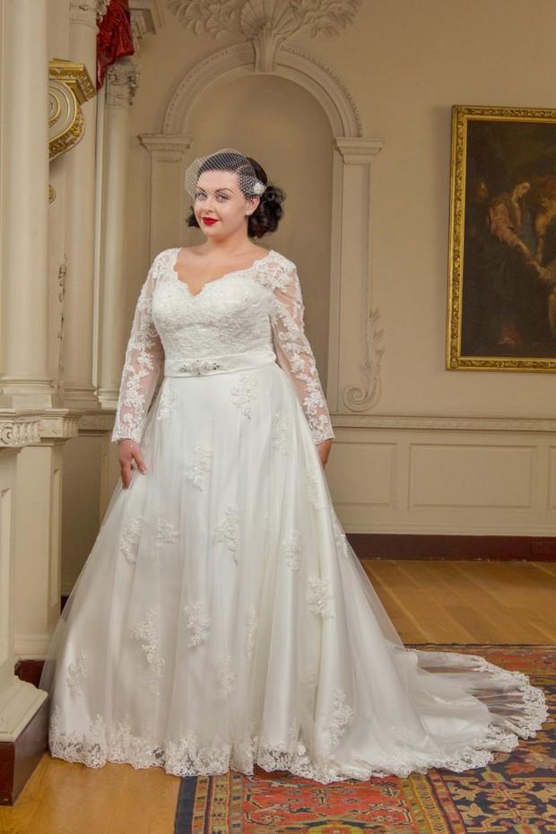 full-length-lace-plus-size-wedding-dress-beautiful-brides-plus-ireland