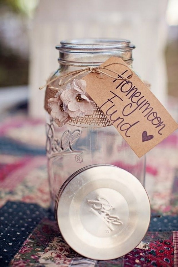 honeymoon-fund-wedding-mason-jar