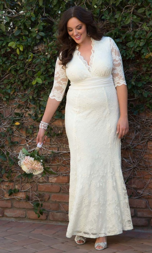 20 Amazing Plus Size Wedding Dresses | weddingsonline