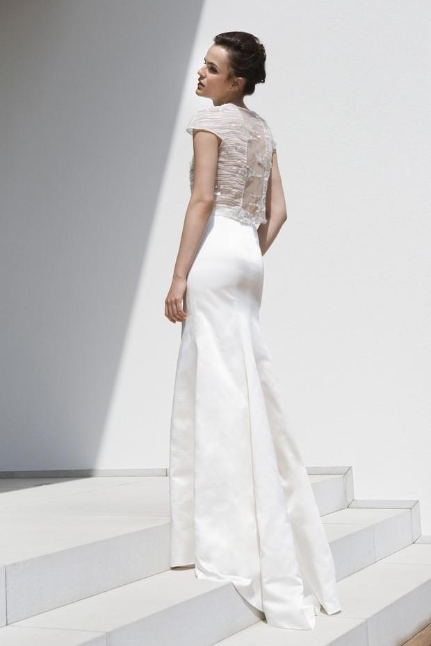 vestido-de-novia-con-espalda-transparente-mira-zwillinger-ANYA-2