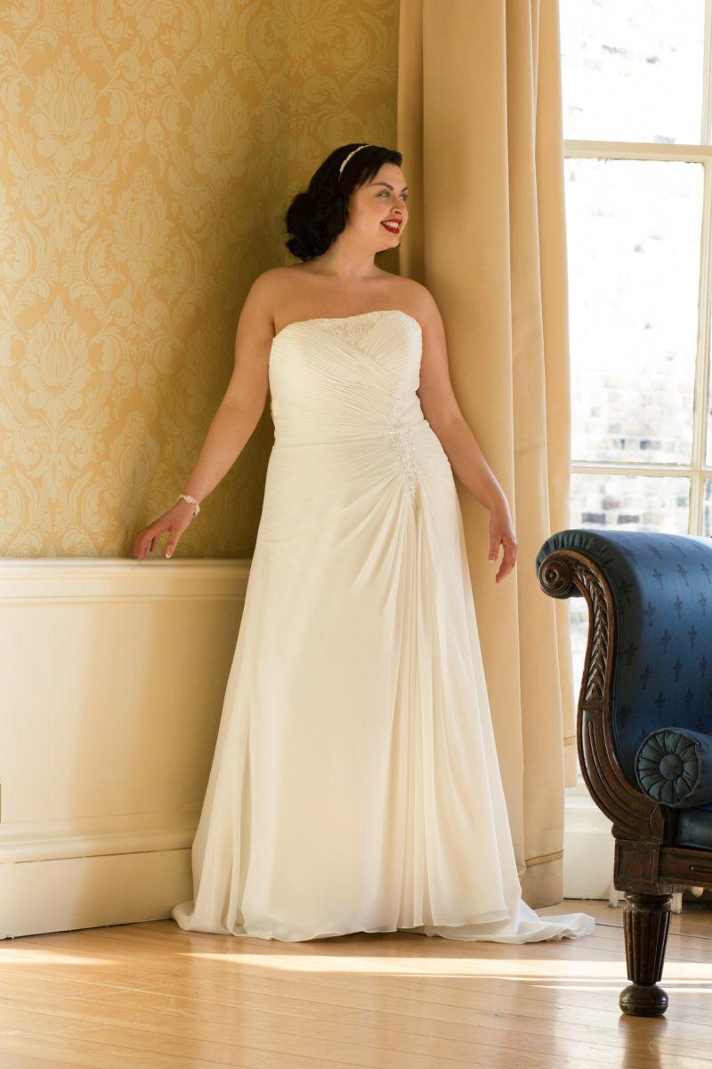 strapless-plus-size-wedding-dress-ireland
