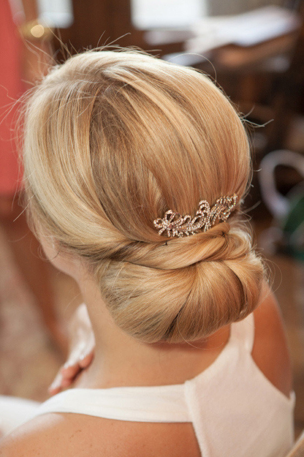 structured-bridal-wedding-hairstyle