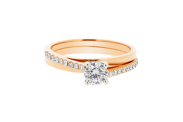 voltaire-round-solitaire-offset-scallop-rose-gold-engagement-ring