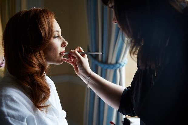 Red hair bride with vintage style wedding make up