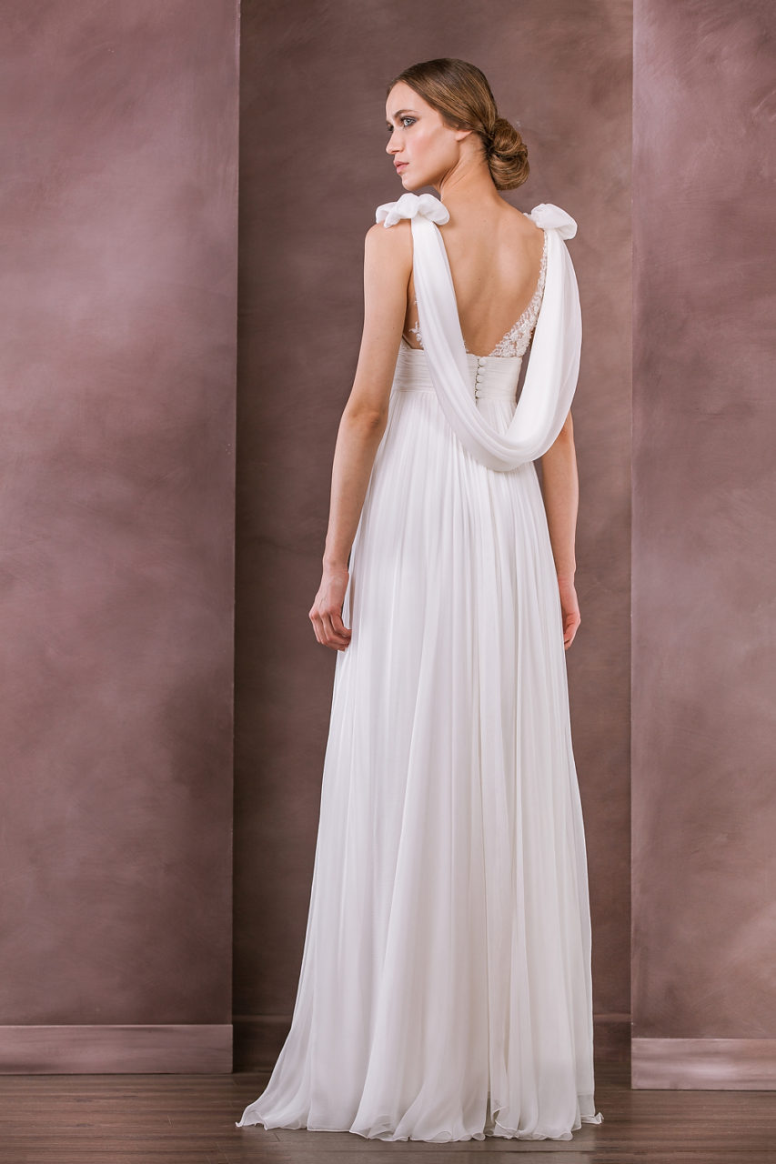 divine-atelier-2015-collection-raysa-back