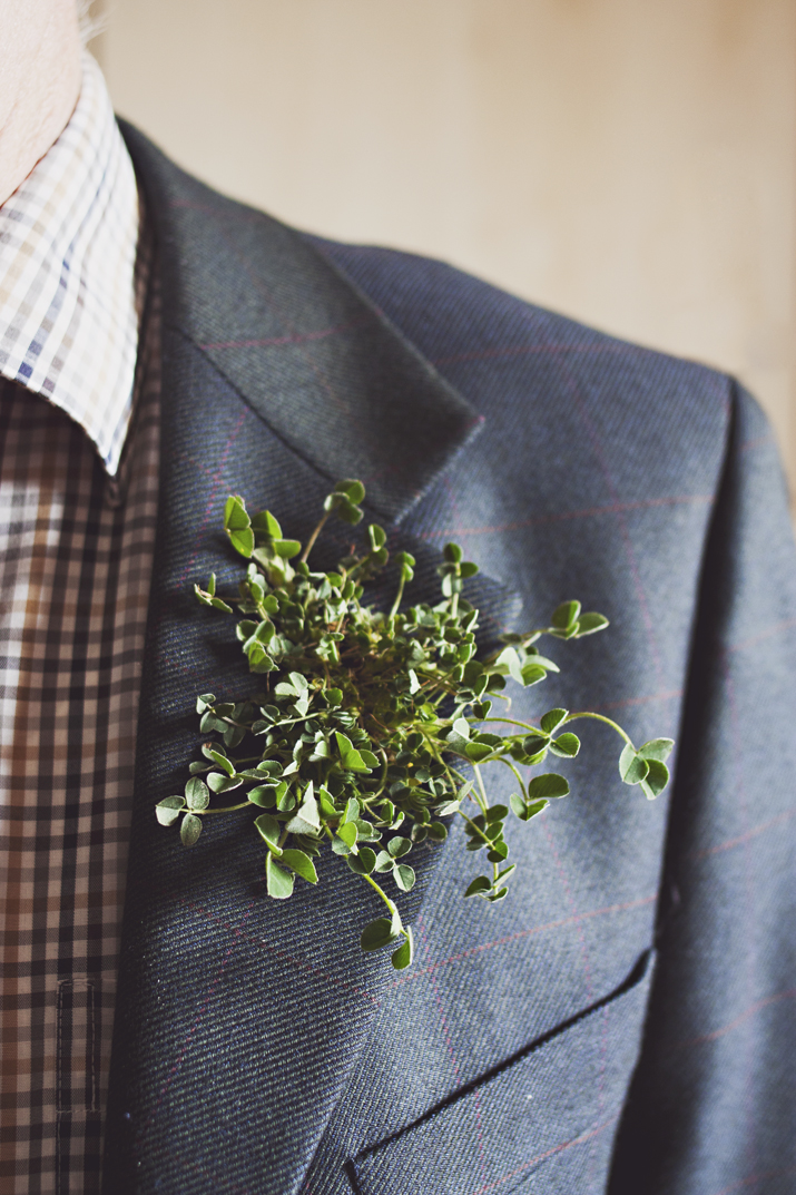 st_patricks_day_wedding_shamrock_boutonniere