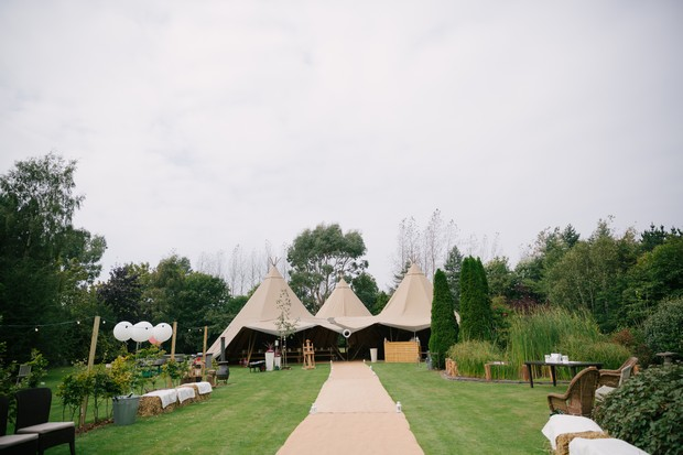 Outdoor Wedding Decorations Ireland : Outdoor wedding ideas top tips for a summer