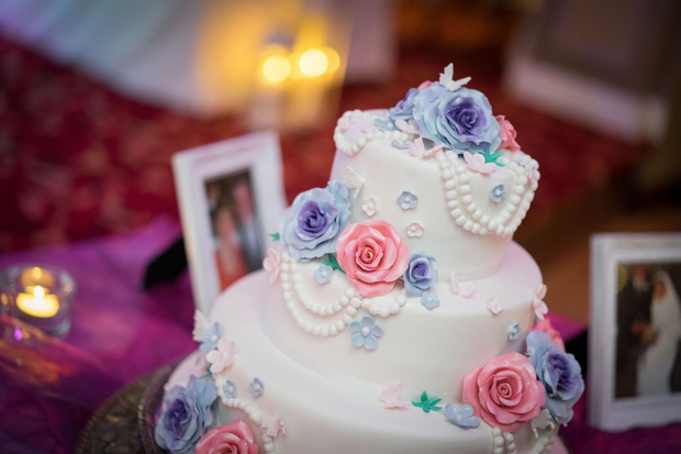 bridge-house-wedding-cake