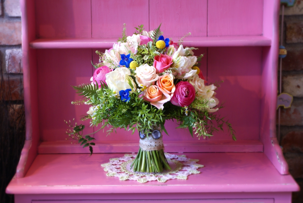 bright_spring_loose_bouquet_bloomsday