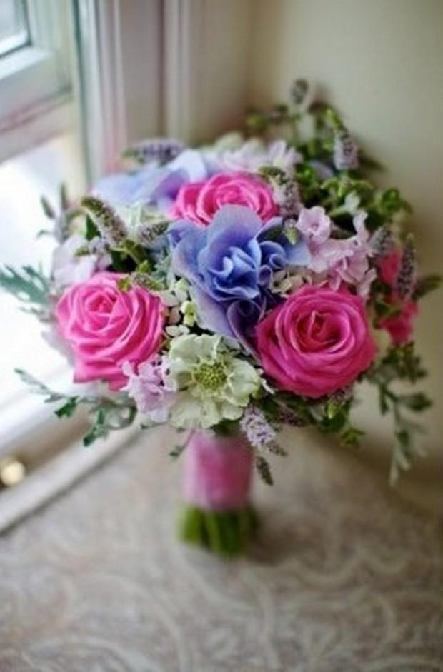 colourful_spring_wedding_bouquet_flowerboxireland