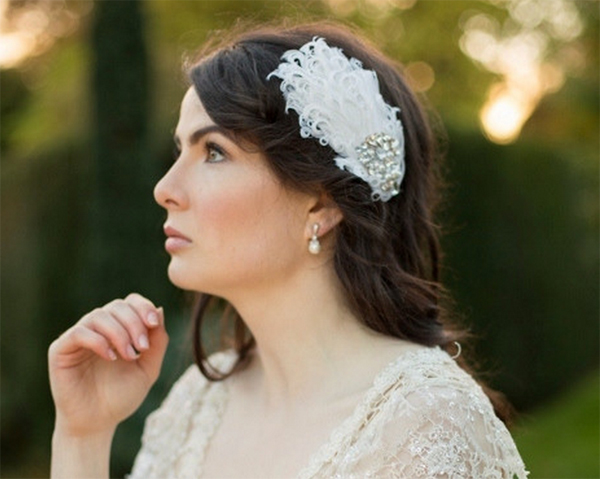 feather-hair-accessory-bride