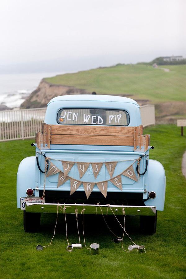 18 Fun Just Married Wedding Car Ideas | weddingsonline