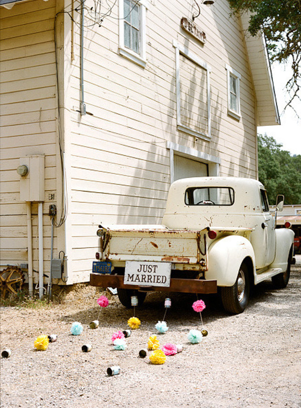 Just Married Car Pom Garlands