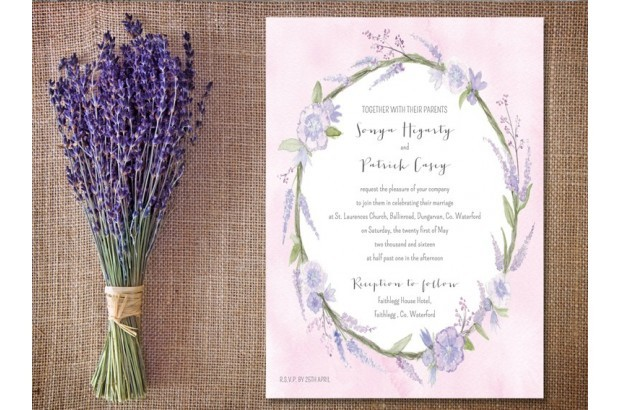 lavendar-wreath-wedding-invitation_appleberry_press