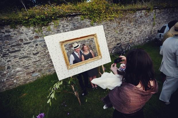 outdoor_photobooth_frame_Wedding_dkphoto