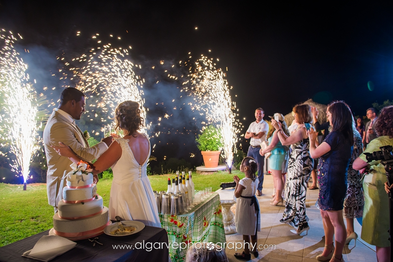 outdoor_wedding_fireworks_display_night (1)