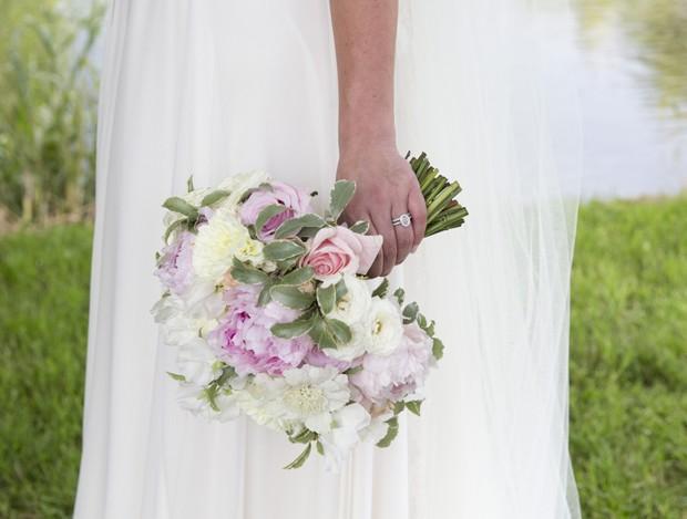 pastel_pink_purple_wedding_bouquet_aileenkennedy