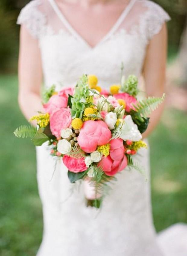 pink_billy_button_bouquet_spring