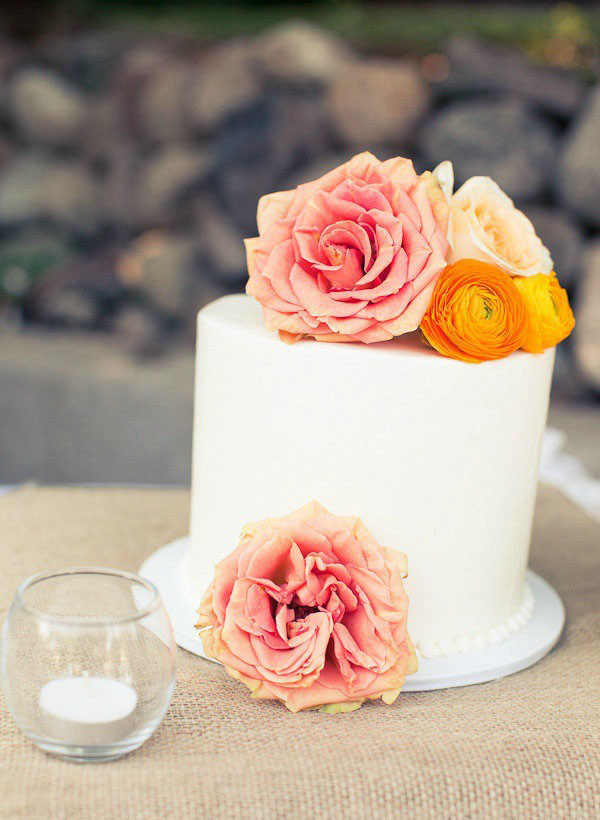 Simple White One Tier Wedding Cake With Flowers
