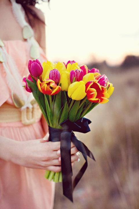 tulip_wedding_bouquet_spring