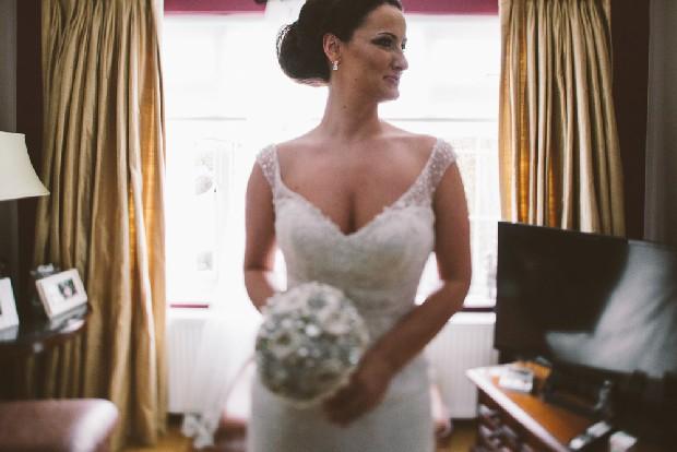 11-fine-art-photography-bride-profile-dress