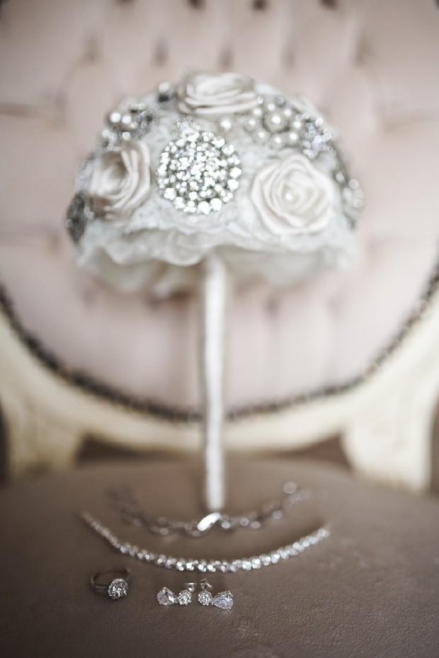 5-winter-wonderland-wedding-accessories-silver-brooch-bouquet