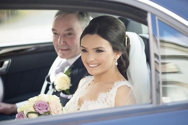 bride-father-wedding-car
