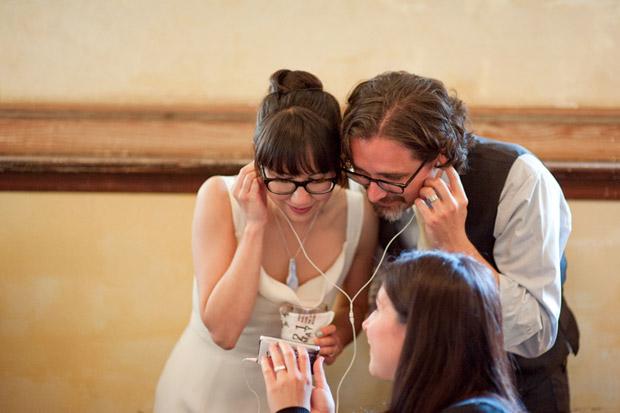 bride-groom-ipod