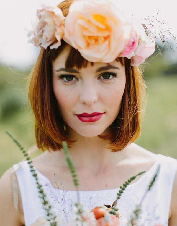 bride-wothbob-and-floral-crown