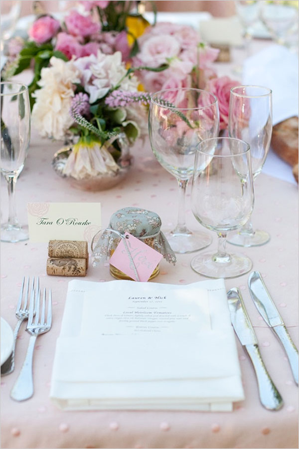 Wedding decor 12 creative ways to display place cards Place setting ideas