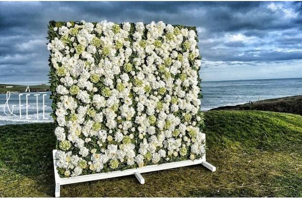 wedding flower wall hire 6 fab ways to include flowers in your wedding weddingsonline