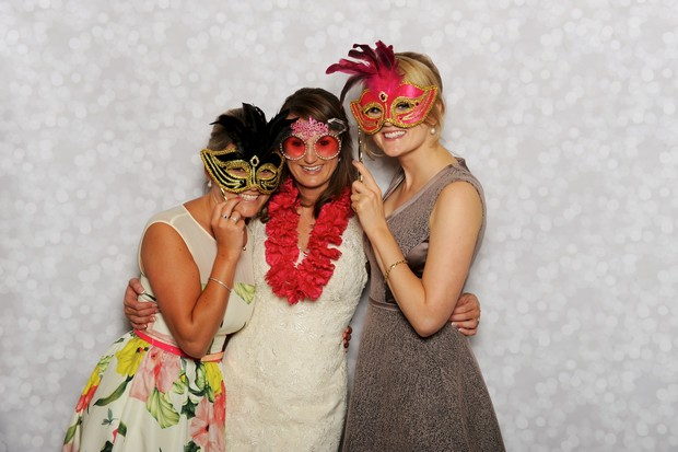 guests-photo-booth-snaps-props (2)