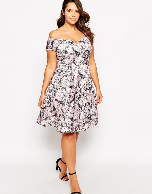 Wedding guest fashion 20 fab florals buys weddingsonline for Plus size dress for wedding guest