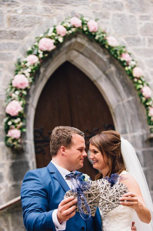 wedding-photos-outside-church- (2)