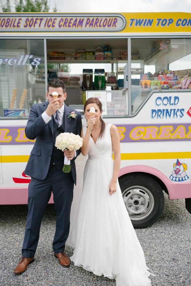 Summer Wedding Trends Bride Groom Ice Cream