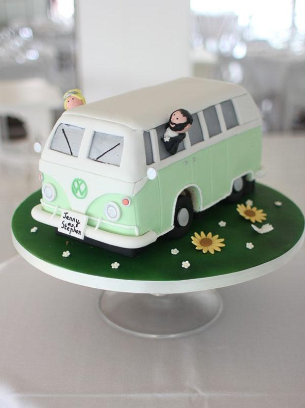 campervan-one-tier-wedding-cake