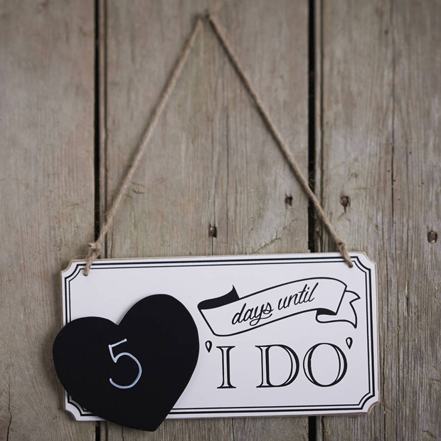 hen party ideas Wedding Countdown Messages chalkboard i do wedding countdown sign hen party wedding countdown messages