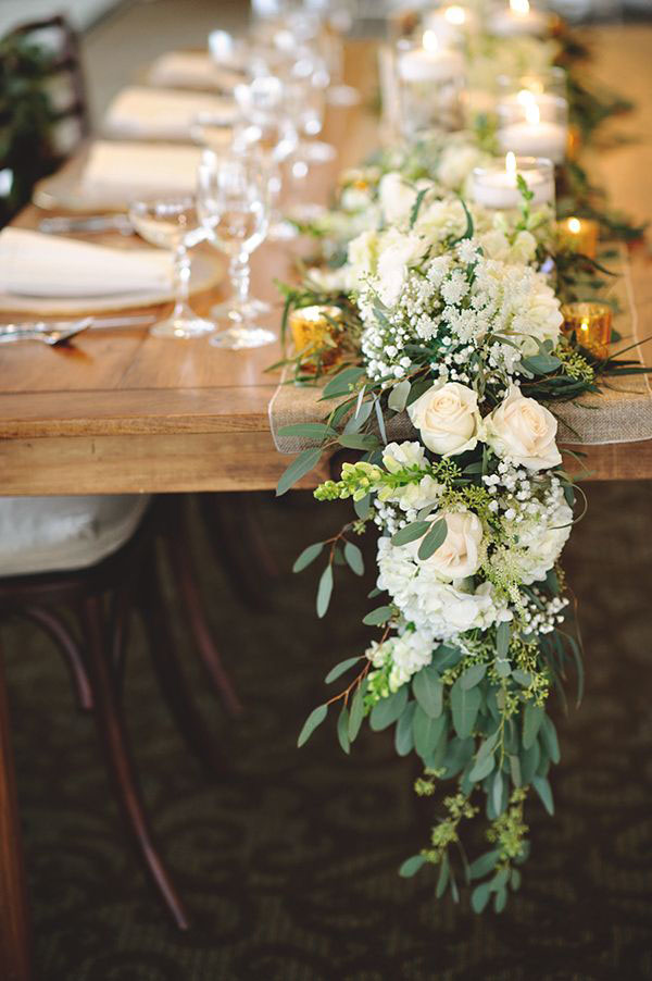 floral-table-runner-wedding