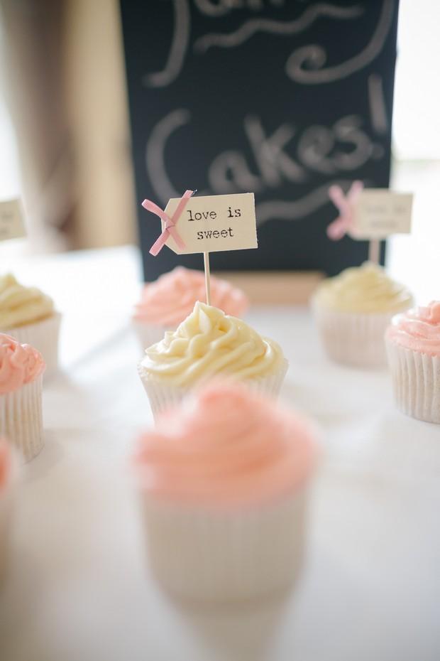 love-is-sweet-cupcapke-flags-wedding-decor